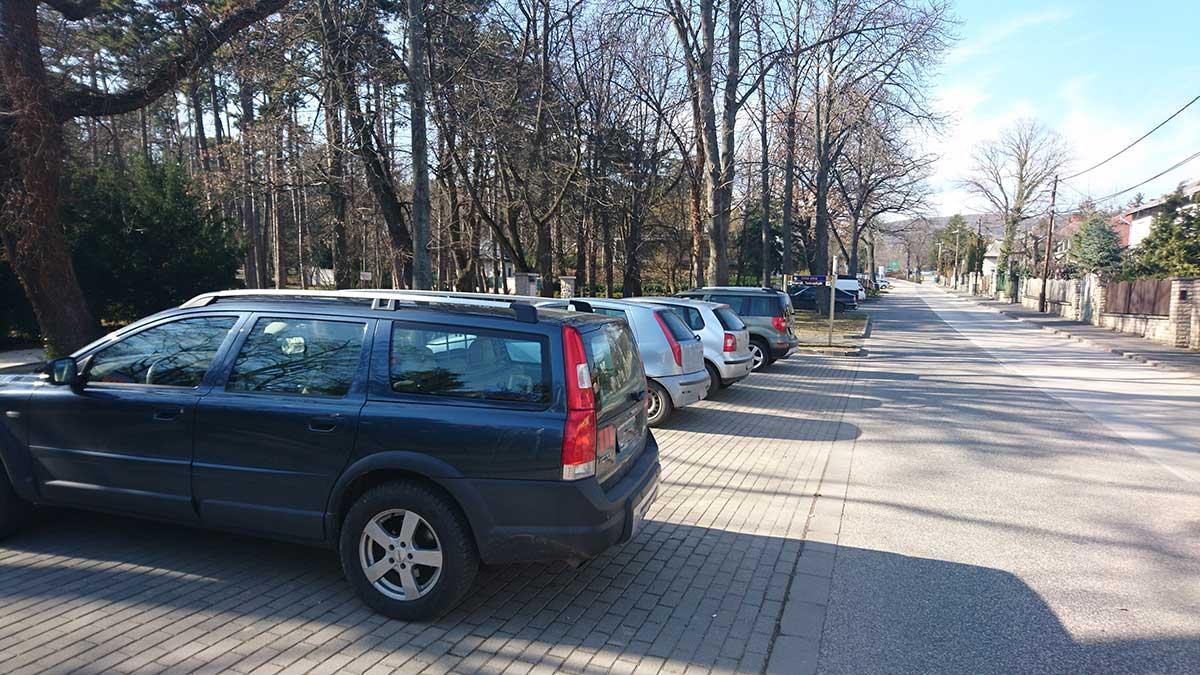 Parkolási díjfizetési szezon